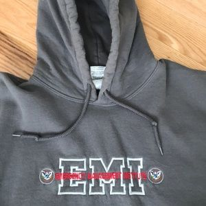 Gildan Hooded Sweatshirt with pocket